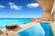 Вилла на воде в отеле St. Regis Maldives Vommuli Resort  // starwoodhotels.com