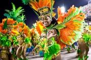 Красочные парады школ самбы - символ карнавала. // The Telegraph