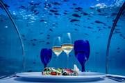 "Ресторан ""5.8"" отеля Hurawalhi Island Resort  // hurawalhi.com"