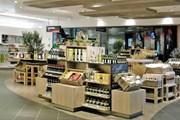 Покупки можно сделать заранее, сэкономив время в аэропорту. // gebr-heinemann.de