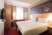 Номер в ibis Yerevan Center  // accorhotels.com