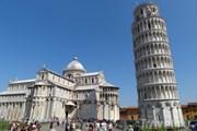 Пизанская башня - один из символов Италии // Travel.ru