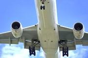 Авиабилеты продолжают дорожать. // thaikrit, shutterstock