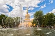 Туристы смогут оставить отзыв о поездке в Санкт-Петербург. // Anna Pakutina, shutterstock
