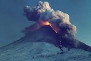 Туристов на Камчатку привлекают вулканы. // awesomeworld.ru