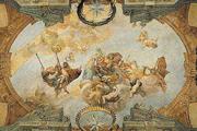 Уникальные фрески спрятаны в банковских зданиях.