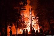Башня Гёте сгорела дотла. // DPA