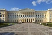 Главное здание Русского музея - Михайловский дворец. // Travel.ru