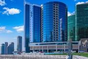 Отель Radisson Blu Hotel Dubai Waterfront  // radissonblu.com