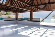 Каток расположен на берегу океана. // asiatraveltips.com