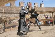 Сотни рыцарей приезжают в Судак каждое лето. // festival-sudak.com