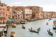 Власти Венеции разгружают Гранд-канал. // GettyImages
