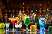 """Власти Балеарских островов борются с """"пьяным"""" туризмом. // kusadasigolfsparesort.com"""