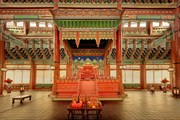Во дворце Кёнбоккун // royalpalace.go.kr