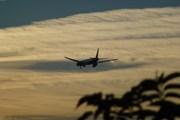 Hong Kong Airlines снова уходит из Москвы // Юрий Плохотниченко