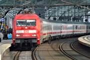 Поезд InterCity на вокзале Берлина // Юрий Плохотниченко