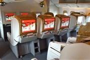 Салон бизнес-класса Emirates // Юрий Плохотниченко