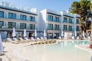 В отеле отдыхают исключительно женщины. // somhotels.es
