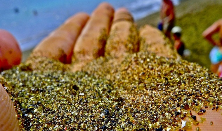 Papakolea - пляж с зеленым песком на Гавайях / Travel
